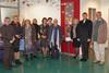 BILD: Comenius-Projektgruppe aus Litauen beim Friedensdenkmal